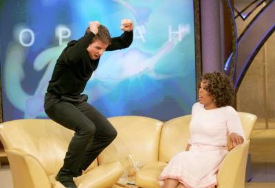 Tom Cruise saute sur le canapé d'Oprah Winfrey